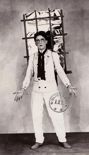 Jean Cocteau dans Orphéee - 1927